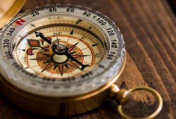 Picture of a compass.
